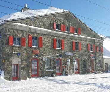 Wintersaison Ospizio Bernina